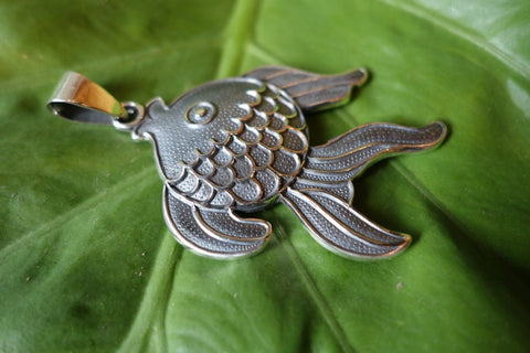 Handcrafted solid sterling .950 silver fish pendant from Taxco, Mexico