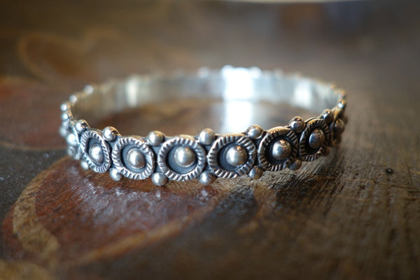 Handcrafted solid sterling .925 silver bracelet from Taxco, Mexico