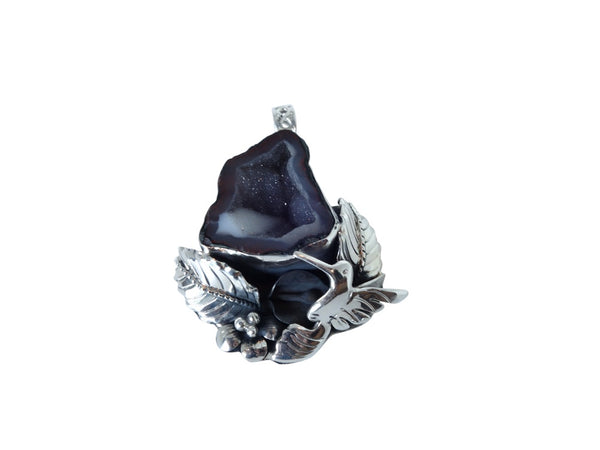 No Mas! 925 Silver Pendant with Geode Hummingbird flower leaf design