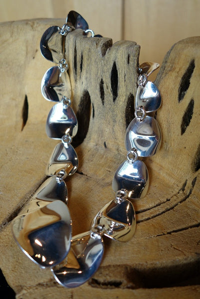 Handcrafted solid sterling .925 silver necklace from Taxco, Mexico