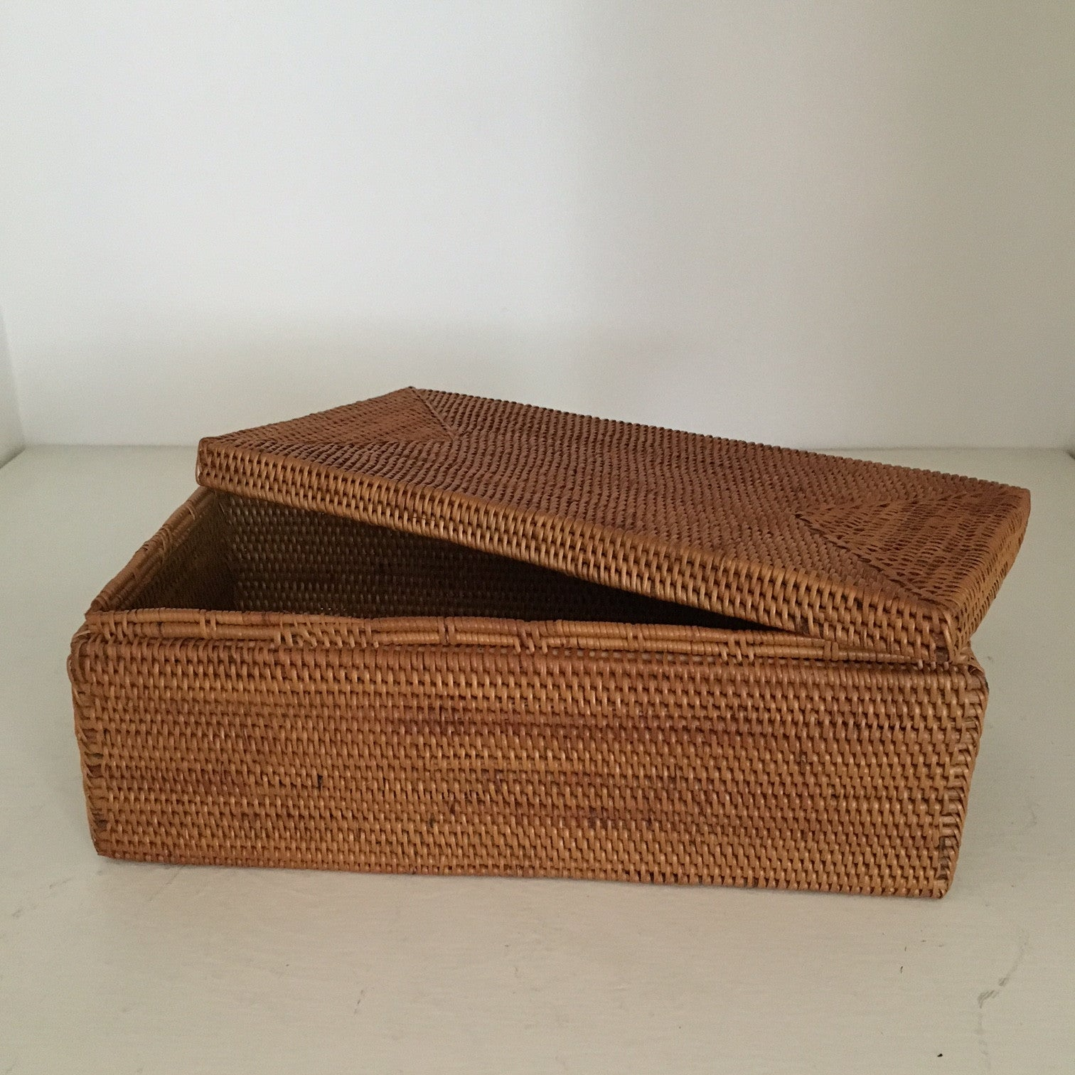 Small Rectangle Basket w/ Lid