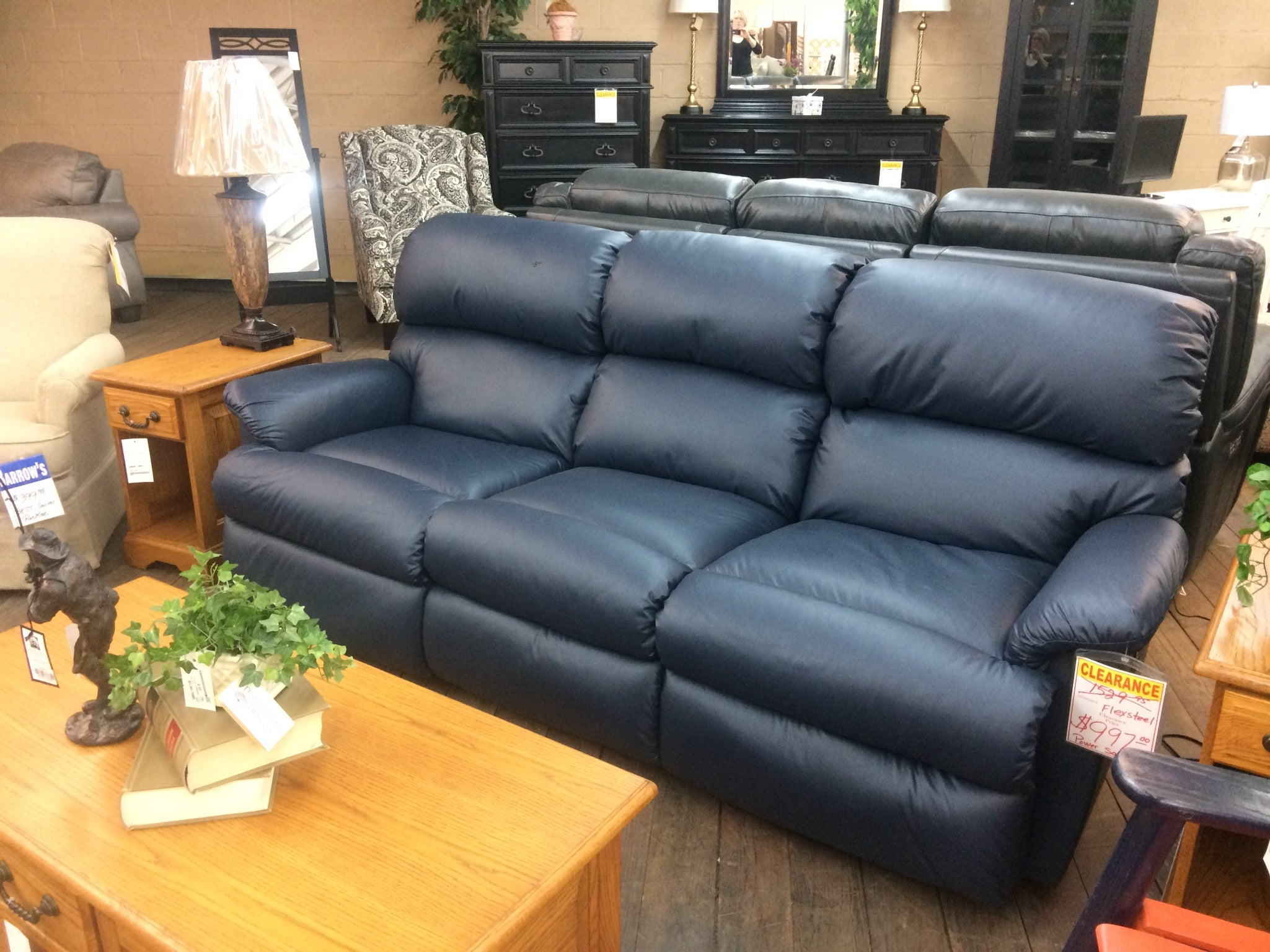 Fabulous Navy Blue Sofa From Flexsteel Barrow Fine Furniture Ncnpc Chair Design For Home Ncnpcorg