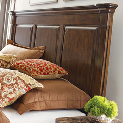 Portolone Monteri King Bed by Kincaid