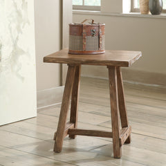 Vennilux Chairside End Table by Signature Design by Ashley
