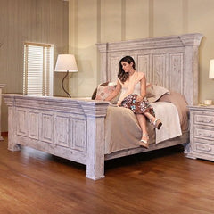 Terra White 3-Piece King Bed by IFD