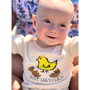 Organic cotton baby onesie - Hatched LONG SLEEVE - Simply Chickie