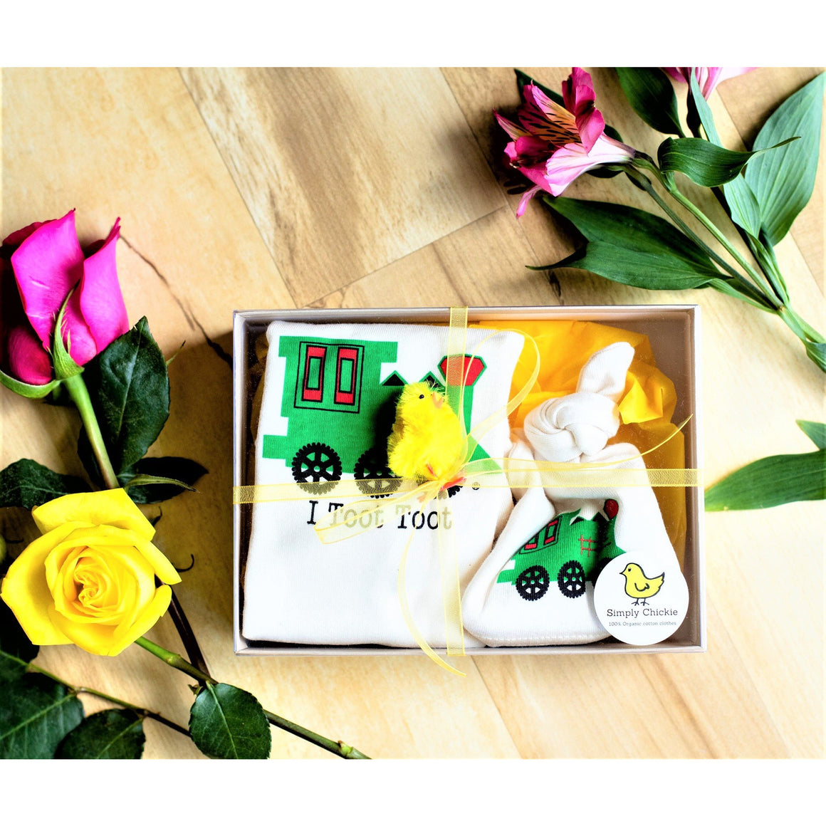 Organic cotton baby gift set - Train