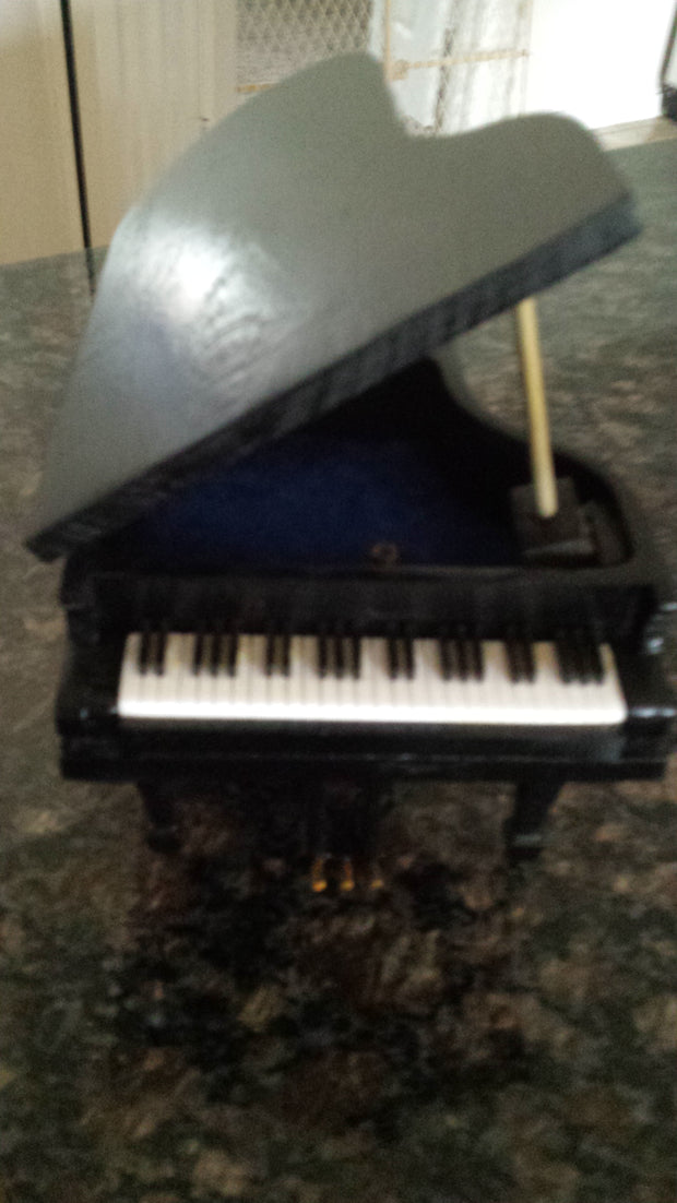 Grand Piano Music Box