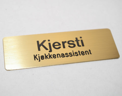 Navneskilt i børstet messing, type B