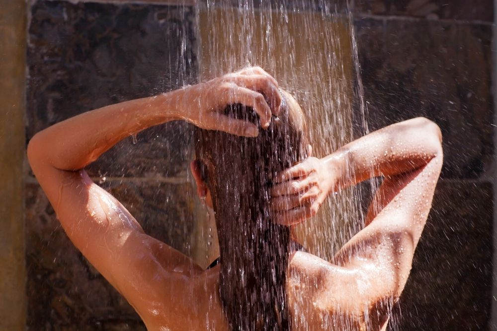 Cold shower for metabolism