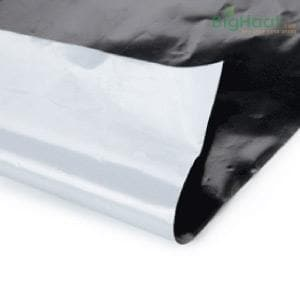 BLACK & SILVER MULCHING SHEET 4FT * 400 METERS (30 MICRONS)