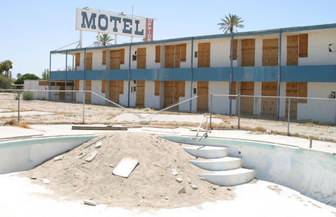 Salton Sea Motel | Radio Waves