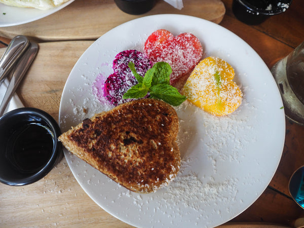 Healthy cafe that sells pancakes in Canggu