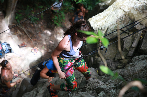rock climbing on koh tao
