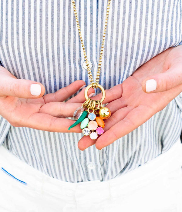 ABBY CLUSTER PENDANT NECKLACE