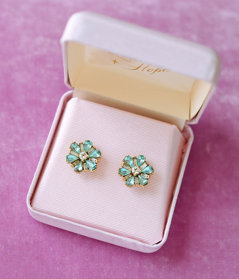 Petite Fleur Earrings