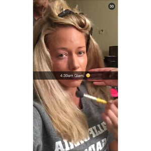 Kendra Wilkinson-Baskett : California Against The World Sweatshirt