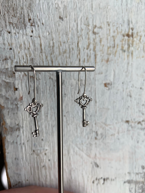 Skeleton Key Earrings, , Unmarked Industries - unX Industries - artisan jewelry made in U.S.A