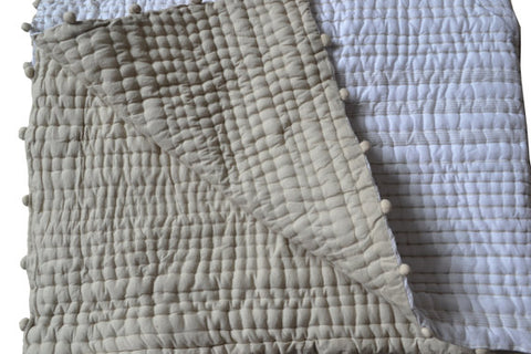 Amore Beaute Pick Stitch Quilt Blanket
