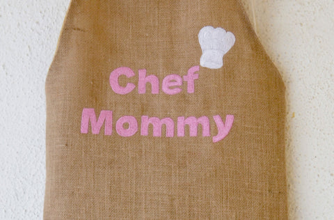 Multiple Colored Monogrammed Mommy Aprons in Burlap