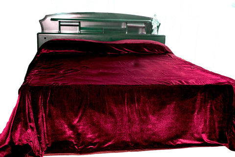 Luxury king queen bedspreads in dark velvet