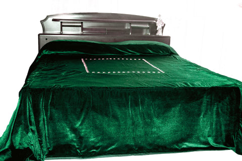 Luxury king size bedspreads in green