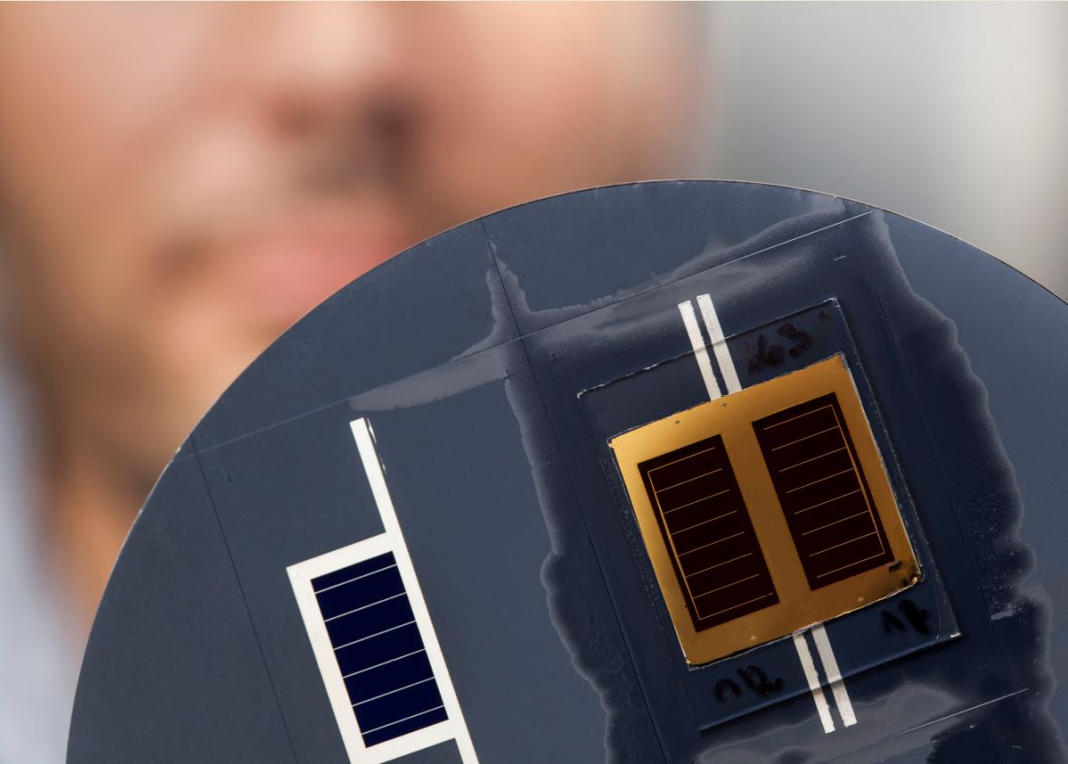 NEW RECORDS (35.9% conversion efficiency for three junctions) FOR THE SOLAR CELL OF TOMORROW