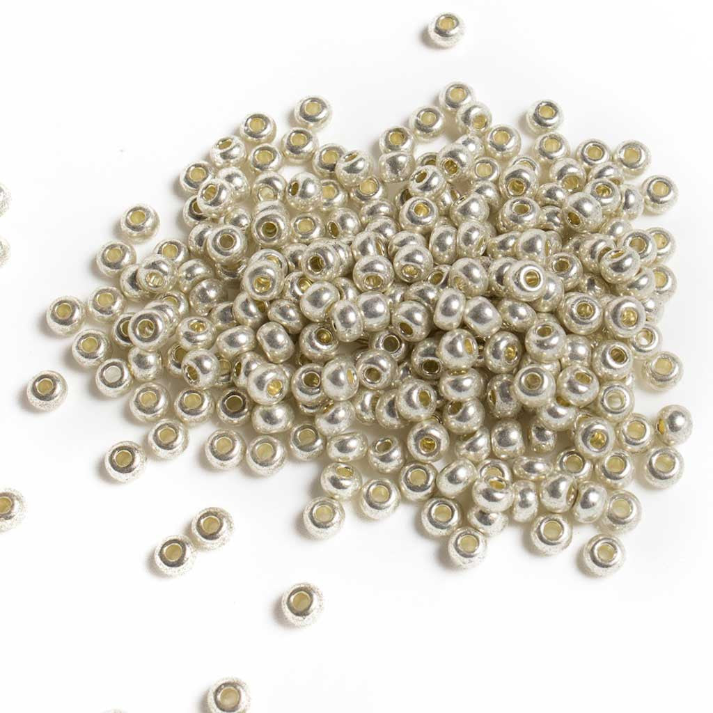 12e07c81567 Metallic Silver Pony Beads