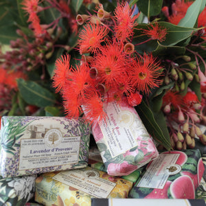 Flowers & Luxury Soap Pack