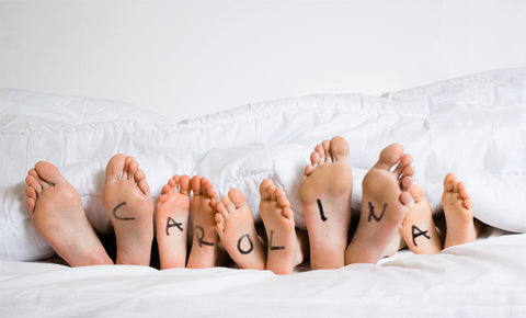 Feet In Bed / 100574