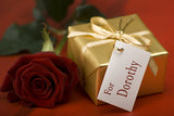 Golden Gift and Rose Closeup / 100494