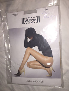 Pantyhose of Naomi from 2017-01 - Satin Touch 20