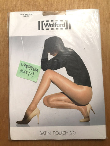 PANTYHOSE of VERONIKA 2017-05(2) - Wolford Satin Touch 20