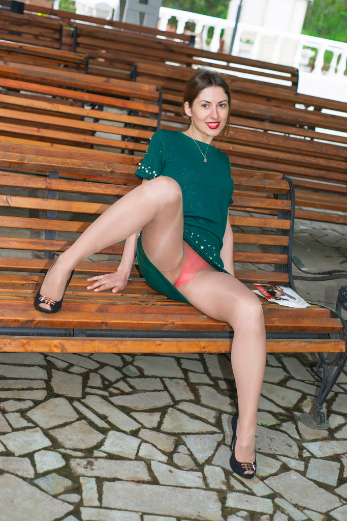 PANTYHOSE of JENNIFER 2018-06(1) Filorosso 40