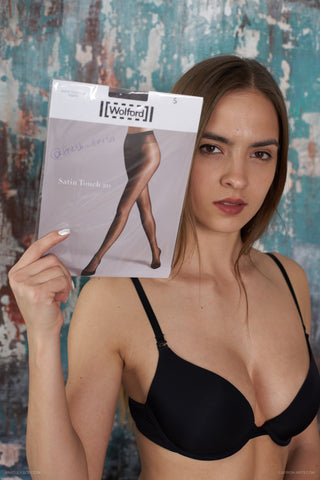PANTYHOSE of FRESH FRESA 2019-06(2) Wolford Satin Touch 20 Asphalt