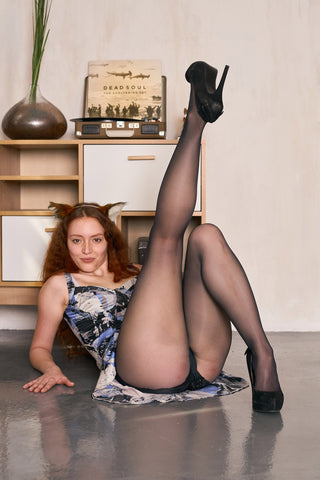 MIRA'S PANTYHOSE - WOLFORD SATIN TOUCH 20 from 2019-12(1)