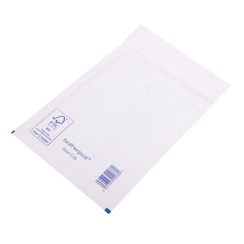 Padded Bubble Envelope in White Internal Size 150x215mm C/0