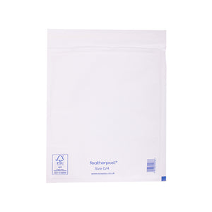 Padded Bubble Envelope in White Internal Size 240x335mm G/4