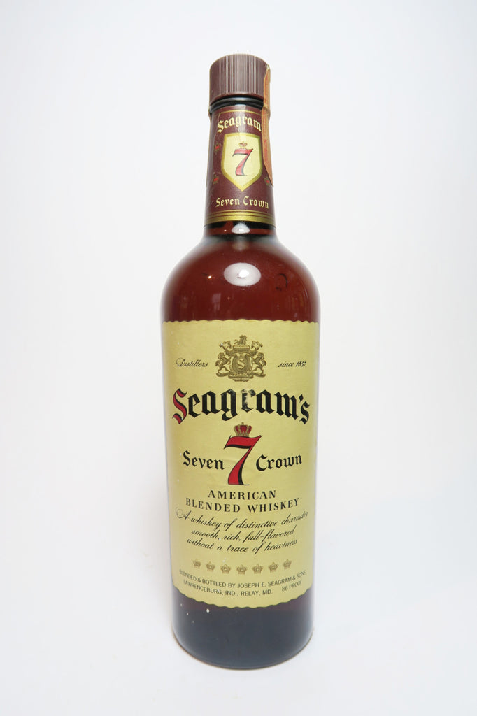 Seagram's 7 Crown Blended American Whiskey - 1960s (43%, 75.7cl)