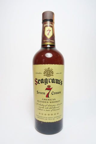 Seagram's 7 Crown American Blended Whiskey - 1960s (43%, 75.7cl)