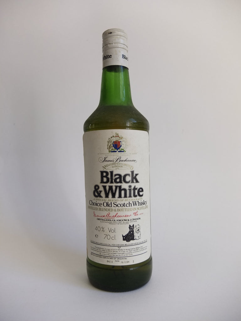 James Buchanan's Black & White Blended Scotch Whisky - 1984 (40%, 70cl)
