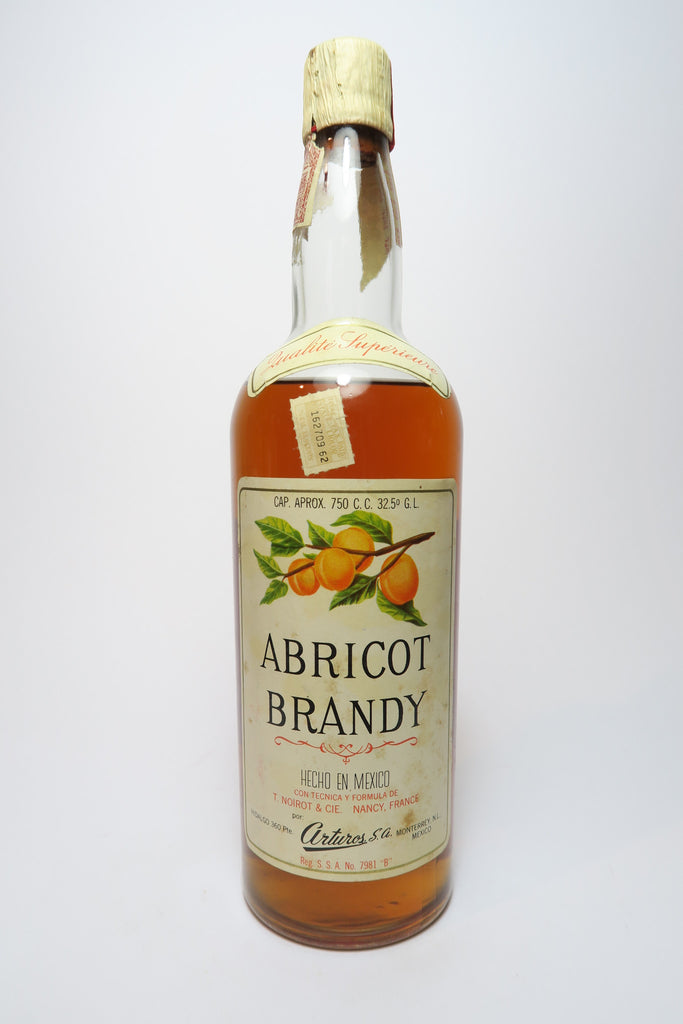 Arturos Mexican Apricot Brandy, made to formula of T. Noirot & Cie. Nancy, France - 1960s (32.5%, 75cl)