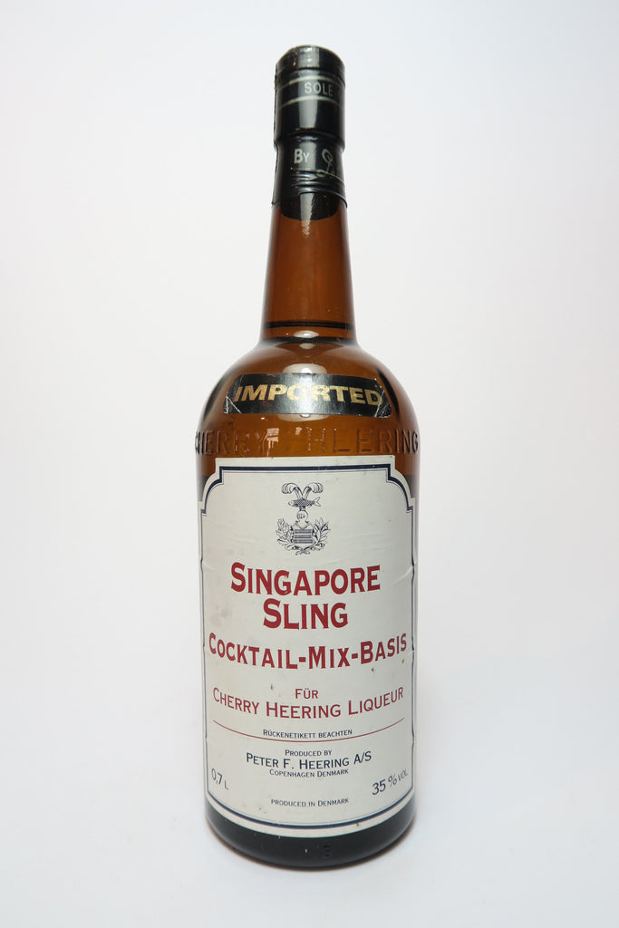 Singapore Sling Cocktail Mix Basis for Cherry Heering Liqueur - 1970s (35%, 70cl)