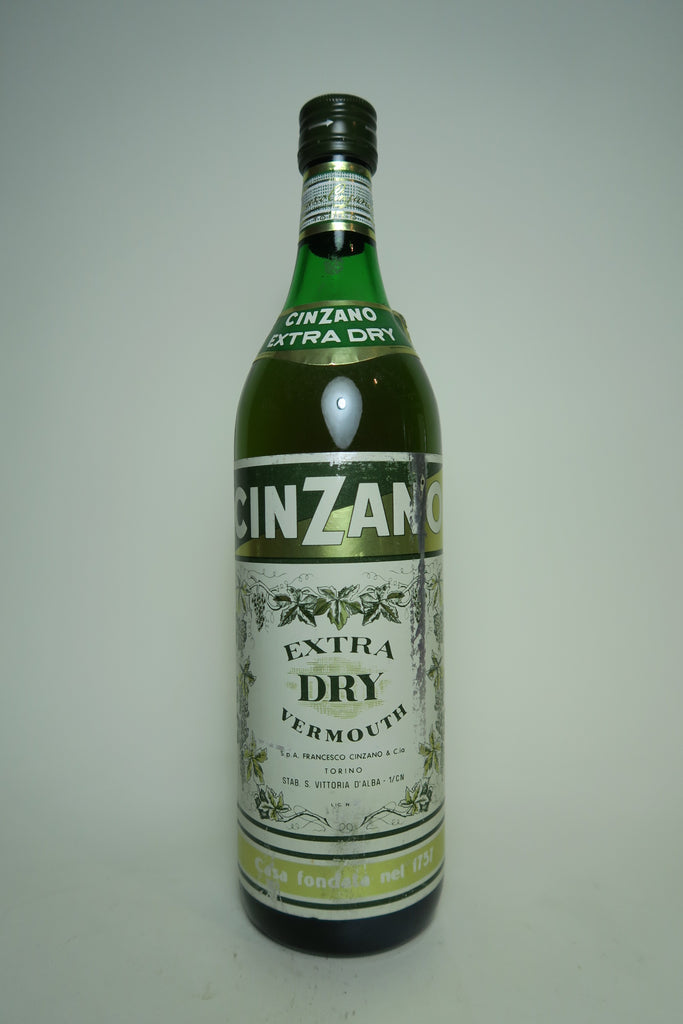 Cinzano Extra Dry White Vermouth - 1970s (Not Stated, 100cl)