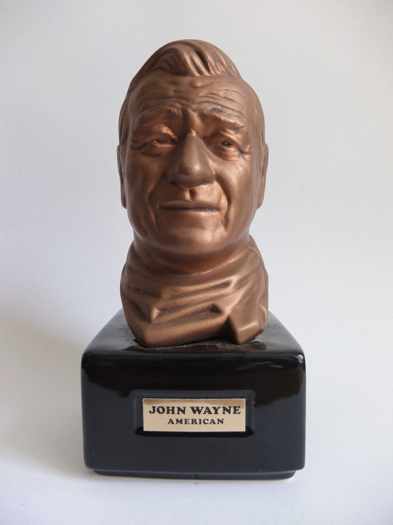 Mike Wayne Distilling Co., Kentucky Straight Bourbon Whiskey presented in John Wayne Bust - 1970s (40%, 75cl)