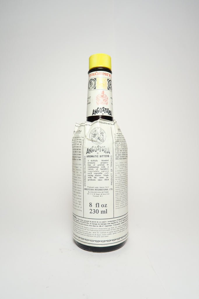 Dr. J. G. B. Siegert & Sons Angostura Aromatic Bitters - 1970s (44.7%, 32cl)