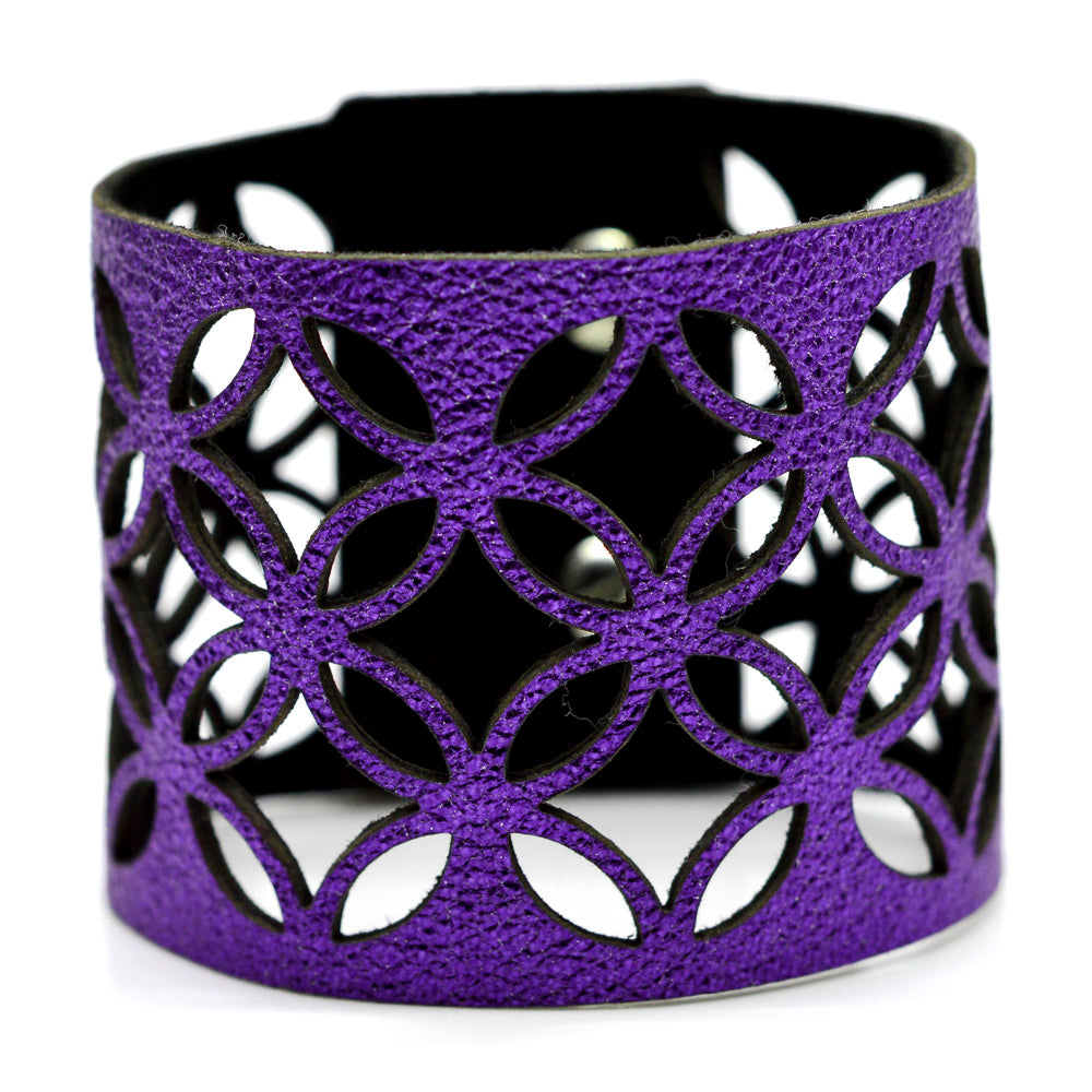 Azulejo Wide Leather Cuff
