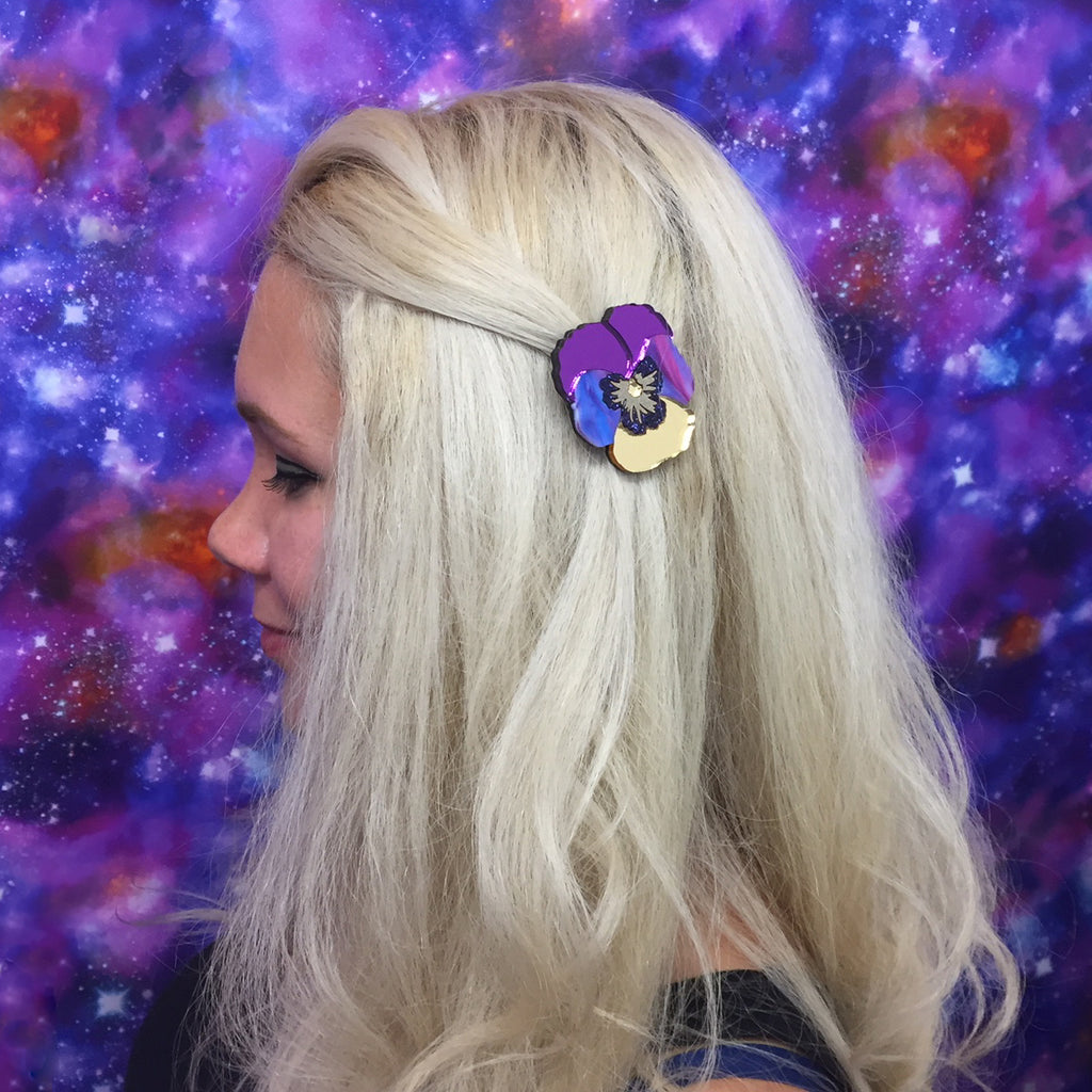 Textured Pansy Hairclips