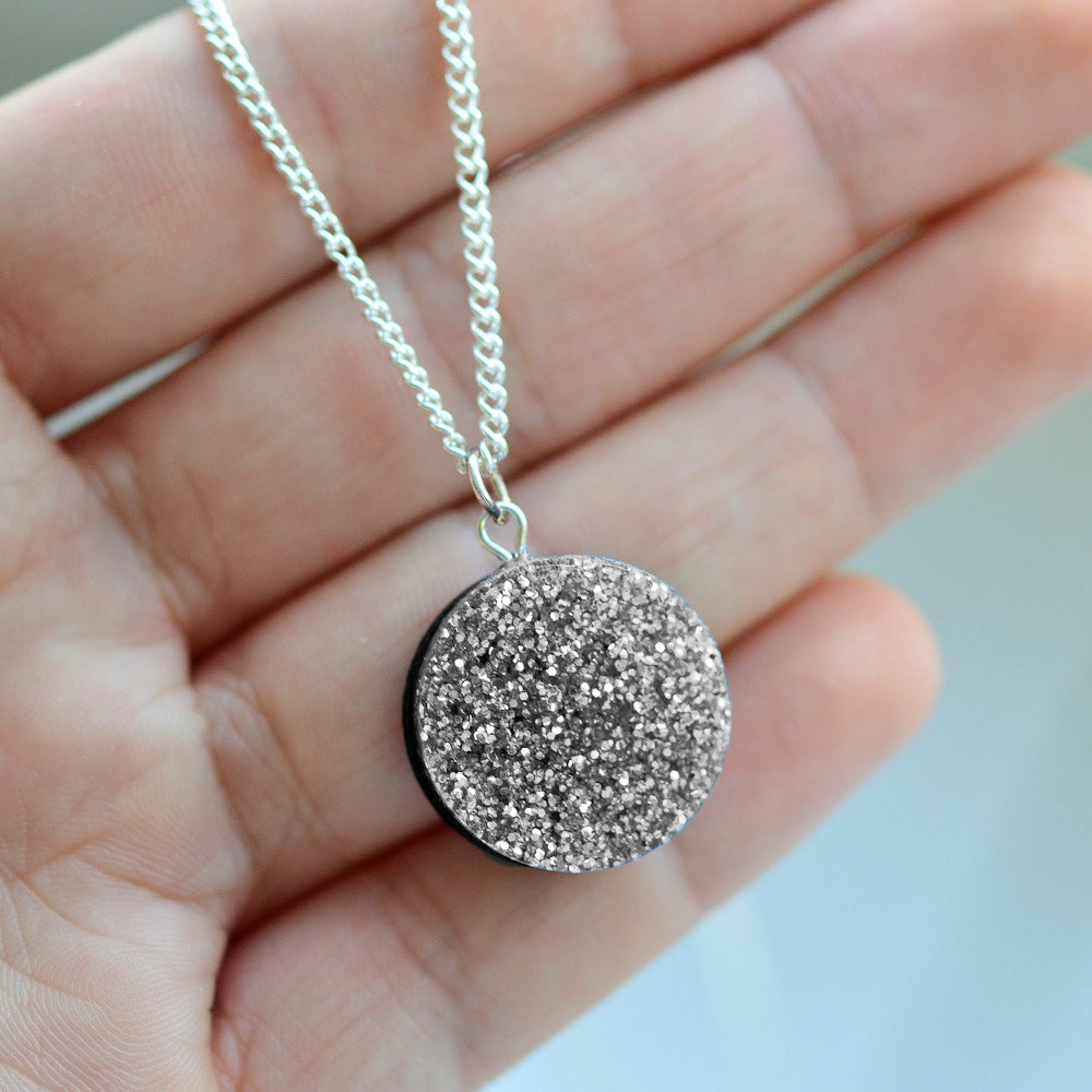Glitter Dot Necklace - Silver