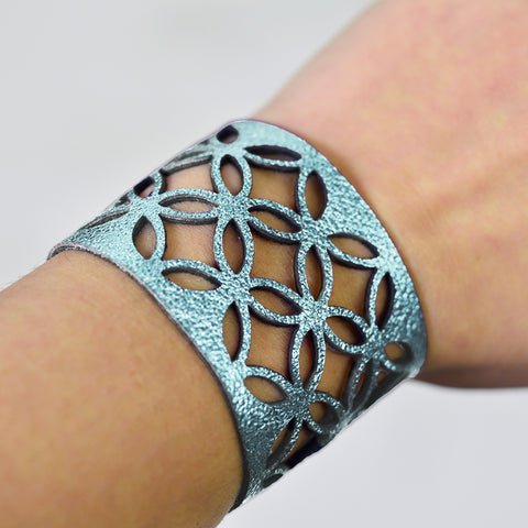 Azulejo Wide Leather Cuff - Ice Blue